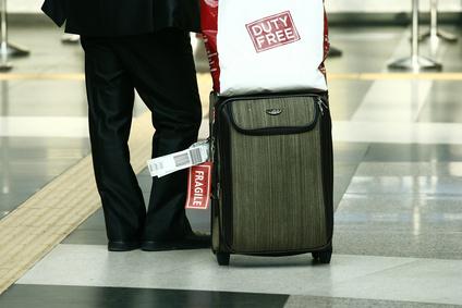 成田空港に「到着時免税店」がオープンへ、入国審査の直前に酒・たばこを免税販売