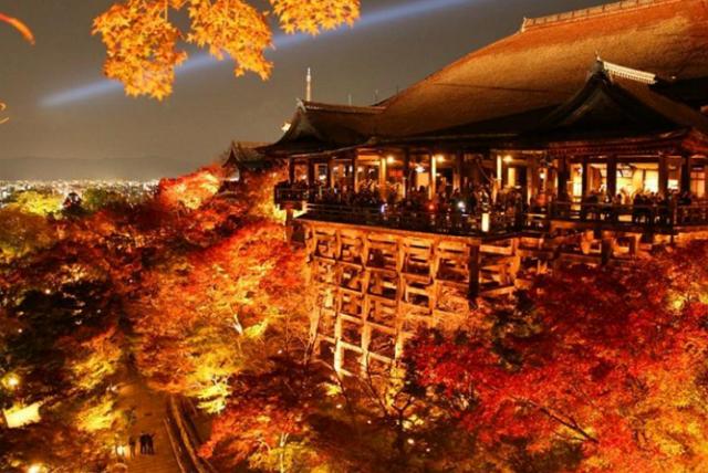 人気の展望スポット、国内1位は「清水寺」、羽田・成田空港の展望デッキも上位に