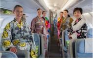"""フィンランド航空、今年も""""SAKURAフライト""""、マリメッコの浴衣風デザインや桜をイメージしたデザートも【動画】"""