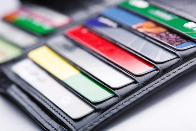 一番使うクレジットカードの1か月利用額は4.9万円、利用は「ネットショッピング」がトップに ―JCB調査