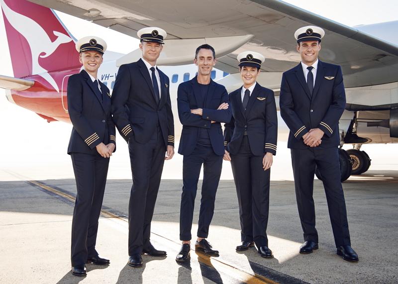 カンタス航空、パイロットの新ユニフォームを発表、1930年代を想起させるノスタルジックさで