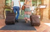 世界のホテル公式サイトで「航空券+宿泊」でツアー購入が可能に、カカクコムグループが米セーバーと連携