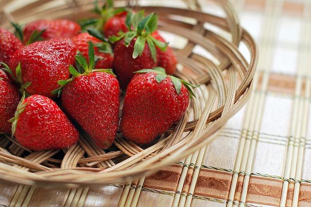 ディズニー東京で1年中イチゴを提供へ、オリエンタルランドが北海道に農園設立