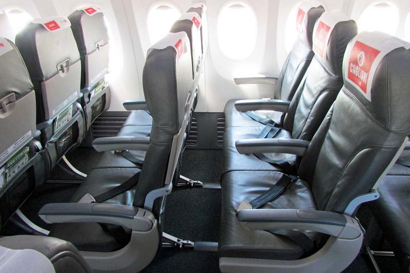 スプリングジャパンは運航機材にボーイング737-800を選択。シートピッチは広めで快適だ