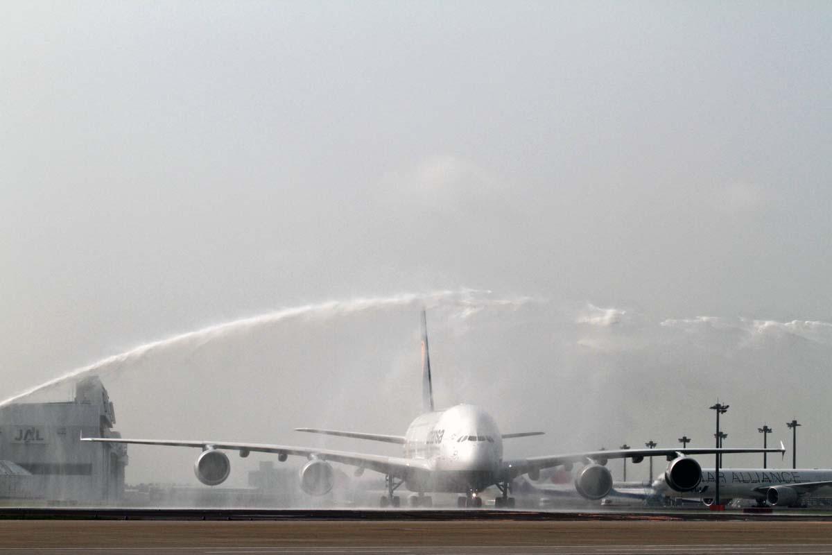 ルフトハンザは2010年6月、A380の最初の就航地に東京(成田)を選択した