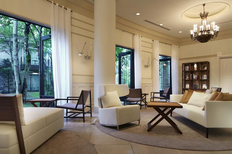 アゴーラ・ホスピタリティーズ、英・富裕者層向けガイドで表彰、旧軽井沢ホテルなど2部門で日本初