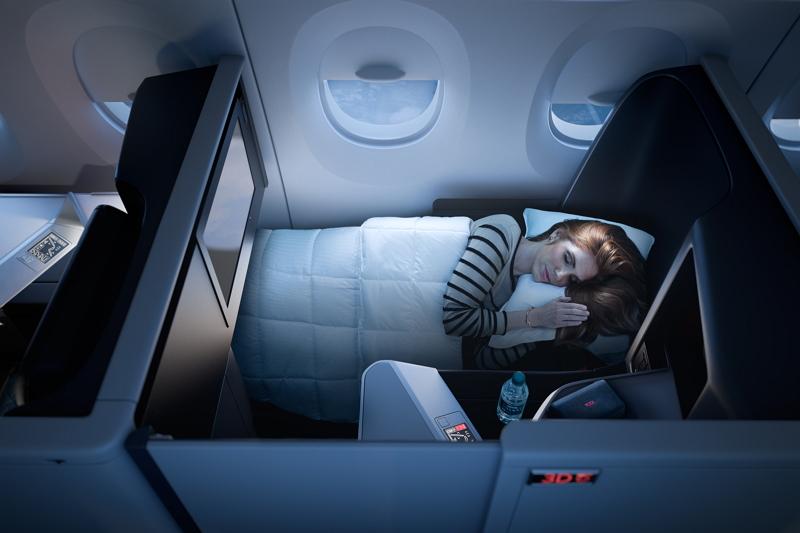 デルタ航空、全席個室の新ビジネスクラス導入、スライドドア設置などA350に 【画像】