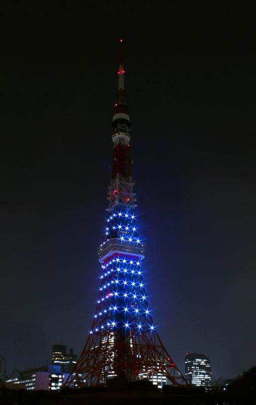 中秋の名月の日限定ライトアップ(東京タワーウェブサイトより)