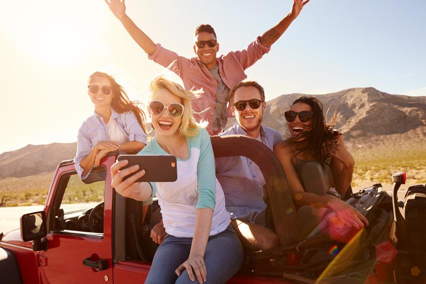 欧州旅行者のスマホ利用の実態は? 若者層は「音声」や「シェア」で2つの特徴、旅行アプリ選びは「簡単に使える」がポイントに【外電】