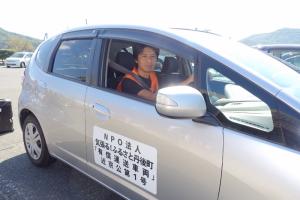 「ささえ合い交通」ドライバーの中江俊文さん。観光客の利用にも前向きだ