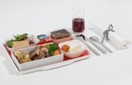 エールフランス航空、日本発フライトにも選択できる有料機内食を提供、マイルと交換可能で12ユーロから