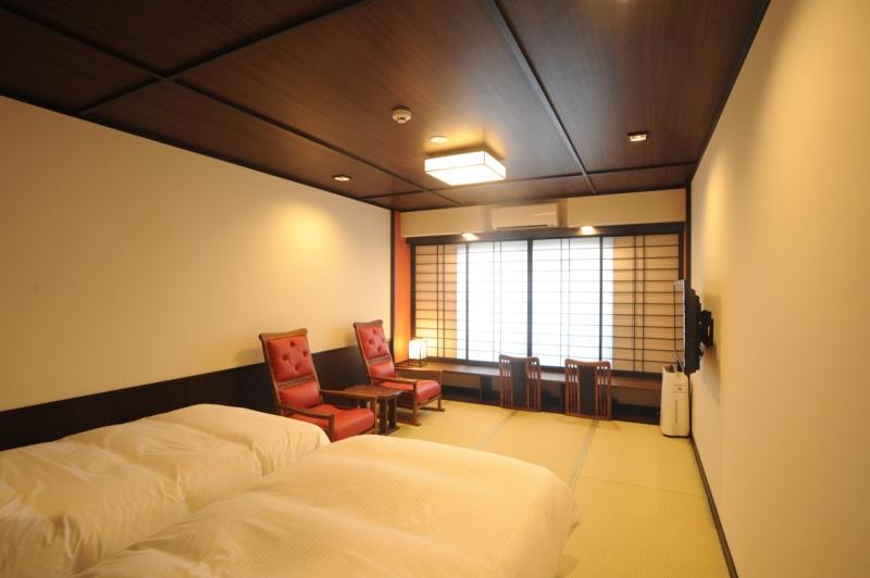 京都駅至近に「町家ホテル」が開業へ、伝統美の演出と最新機能を融合、過度なサービス撤廃で