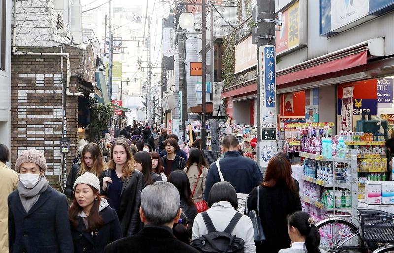 東京・下北沢商店街が免税サービス拡充、各店舗での手続き完了を可能に