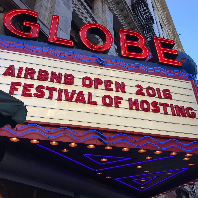 Airbnb Open はLAダウンタウン・ブロードウェイ一帯が会場となった