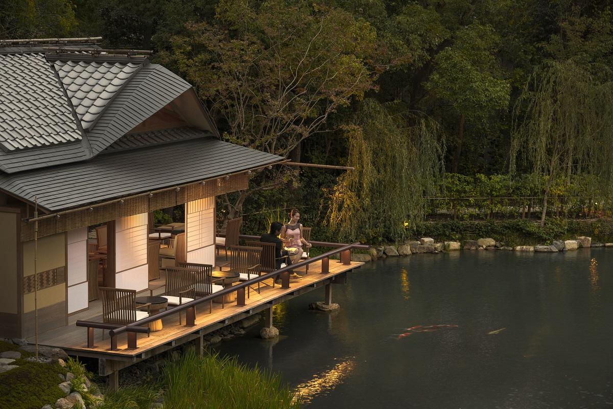 京都の新たな高級ホテル「フォーシーズンズ京都」が本格営業を開始、国内外の富裕者層を狙う 【画像】