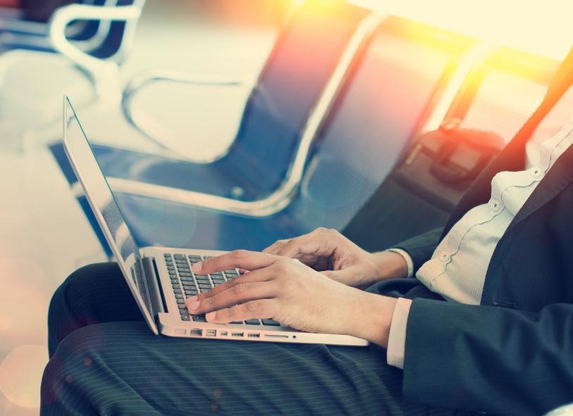 アメックス・ビジネス・トラベル、出張AI開発スタートアップを買収、旅行相談でメッセージ機能の活用を簡単に