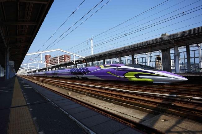 エヴァ新幹線が初のツアー化、団体臨時列車で運行、実物大コックピット搭乗体験も -JR西日本と近ツー