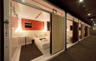 航空機の客室をイメージしたカプセルホテル、ファーストキャビンが関西で積極展開、大阪と京都で開業へ
