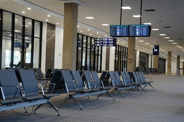 国管轄の26空港別収支で黒字の空港が減少、経常利益は3年連続増加 -国交省試算(2016年度)