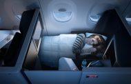 デルタ航空、新ビジネスクラスの機内インテリアで表彰、スライド式ドアなどプライバシー重視が高評価