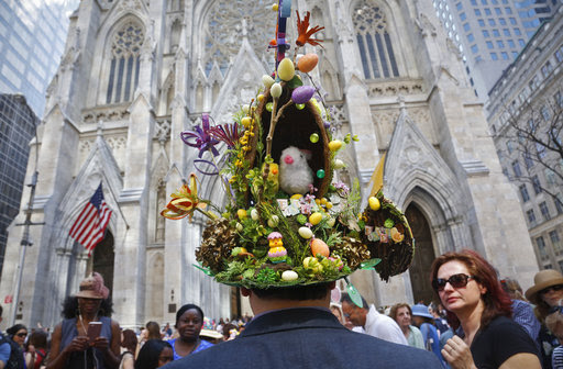 写真でみる世界各国のイースター(復活祭)、各地の教会で礼拝行事、平和を願うメッセージも