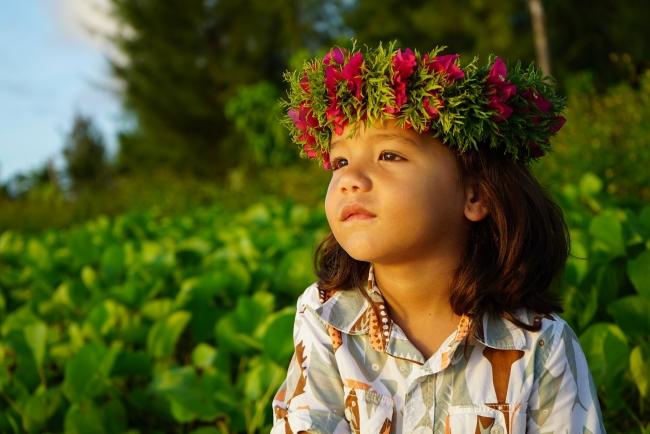 マリアナ政府観光局が新たな観光大使「マリアナちゃん」を発表、現地オーディションで6歳の男の子を選出