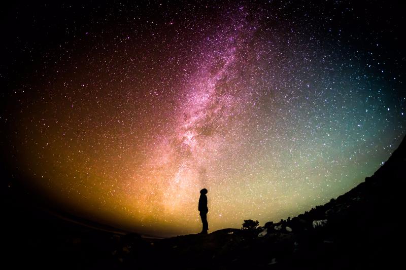 「宇宙旅行」に捻出できる料金は? 最多は「50万円~100万円未満」、やってみたいのは「地球を見る」がトップに ―エアトリ調べ