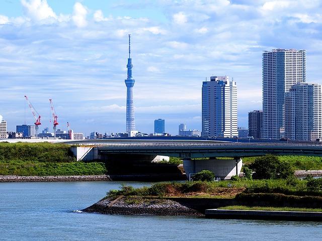 東武鉄道とNTTドコモ、次世代通信技術「5G」の体験スペースを開設、東京スカイツリーや新型特急「リバティ」車内で
