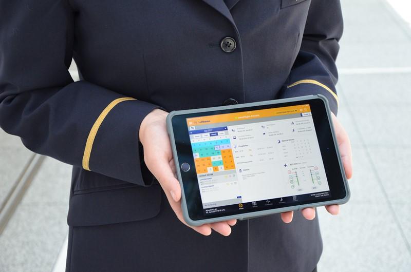ルフトハンザ航空、全客室乗務員にiPad mini配布、専用アプリで機内サービス向上へ