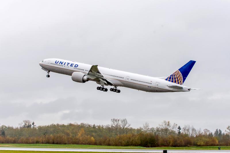 ユナイテッド航空、プレミア会員向けに新たなマイレージ特典、資格維持の機会を拡大