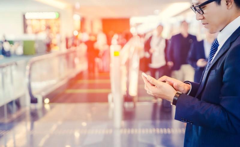外出中のWi-Fi利用で満足度トップは「ホテル」、「空港・飛行機」の満足度は「駅・新幹線」を上回る結果に
