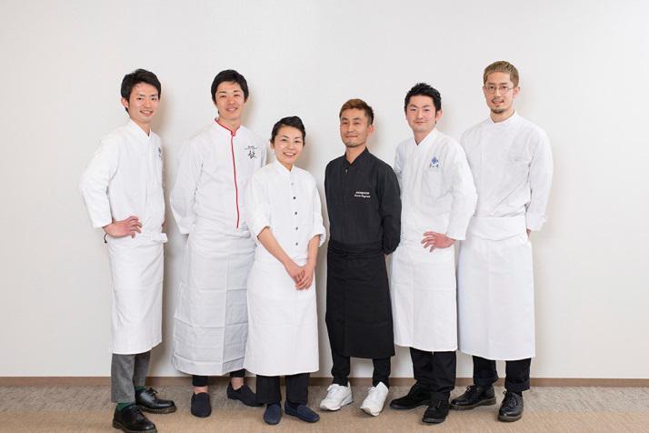 JAL、国際線の機内食でコラボ強化、若き料理人の新メニューや資生堂パーラーと