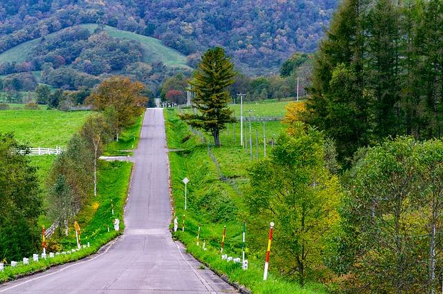 ナビタイム、北海道ドライブ観光アプリを公開、訪日外国人向けに景観よいルートなど紹介