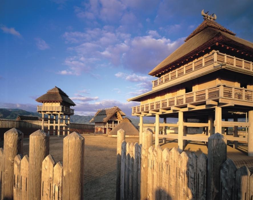 佐賀県、子育て世代に「吉野ヶ里歴史公園」の無料招待券、期間中は親子体験イベントも
