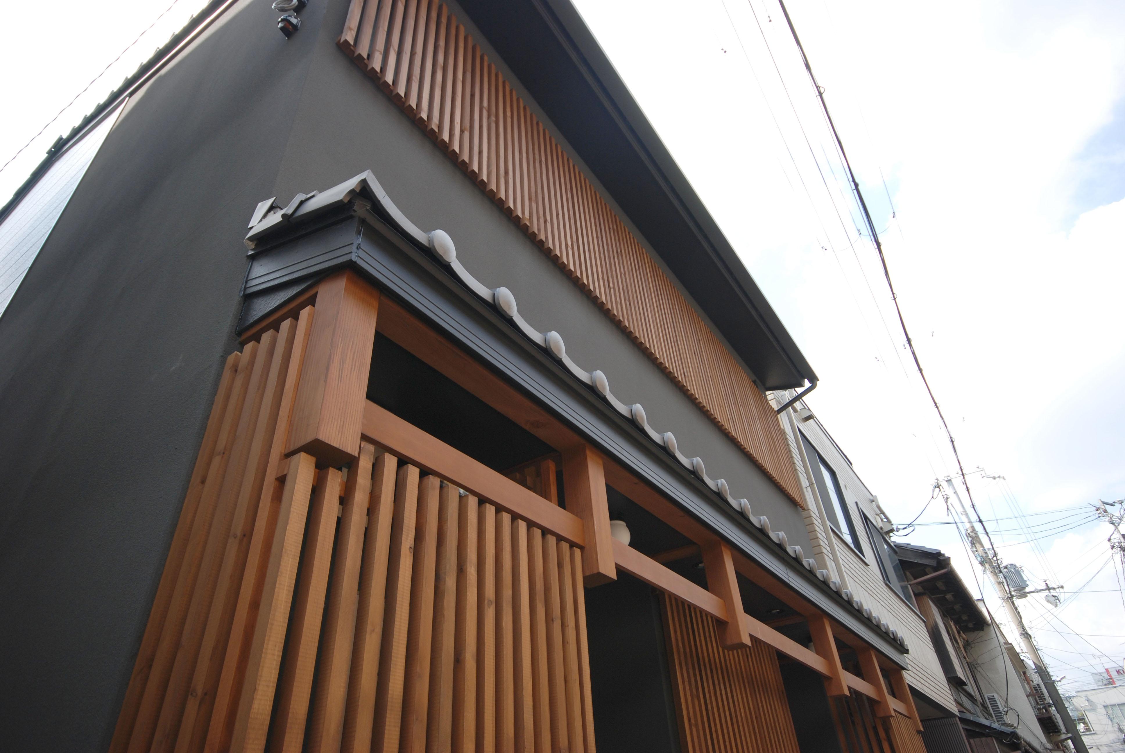 不動産仲介業者が京都でホテル開発、インバウンド向け町家風の一棟貸し2棟が完成