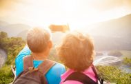 GW10連休に旅行を予定しているのは7割、55歳以上は7割が3日以下 ―アゴダ調査