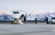 高級ホテル「フォーシーズンズ」、プライベートジェット大手と提携、スキーリゾートなど新たな豪華体験プランを発表【動画】