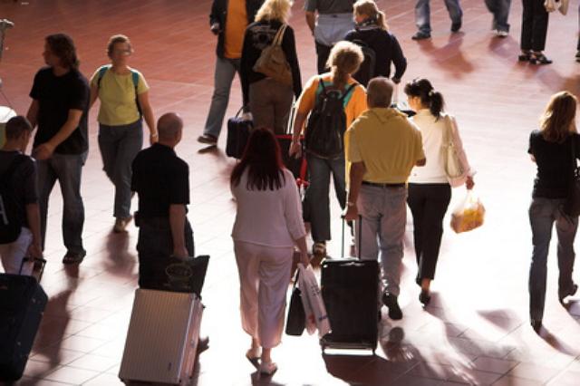 【図解】東南アジアからの訪日旅行者推移、2020年2月はインドネシアが微増に