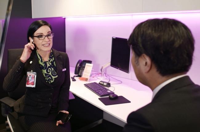 ニュージーランド航空、グーグルの翻訳機能付きイヤホンの試用開始、デジタル強化でブロックチェーン導入検討も