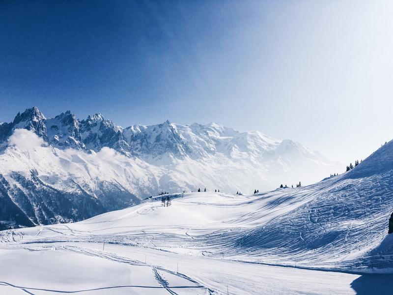 苗場スキー場に仮想現実(VR)アトラクション、ゲレンデの滑走を実写映像で疑似体験