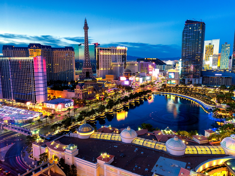 米ラスベガスの観光産業がコロナ前レベルに回復、MICE来訪者も急増、6月1日めどに大幅な規制緩和へ