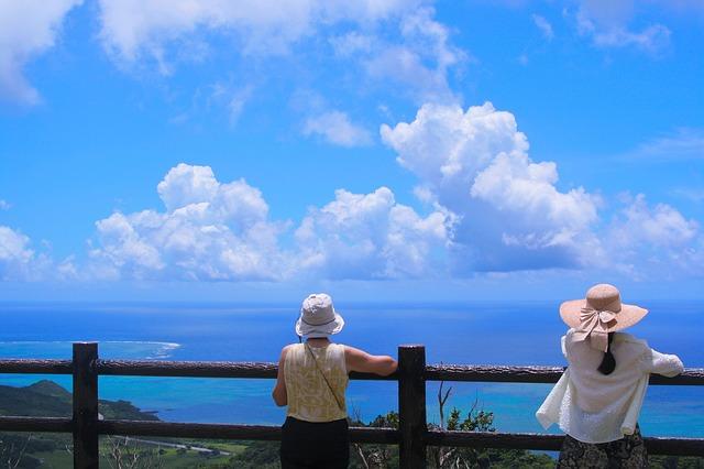 【図解】日本人旅行者数、ハワイ・グアム・沖縄旅行の直近10年間をグラフで比較してみた