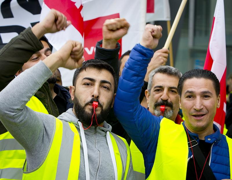 欧州路線の航空便キャンセル相次ぐ、ドイツ・フランスでストライキ、労組が賃上げ要求