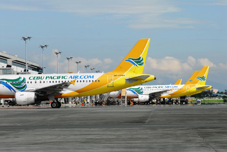 セブ・パシフィック航空、政府と環境保護活動を展開、機内でプラスチック製スプーンなど廃止へ