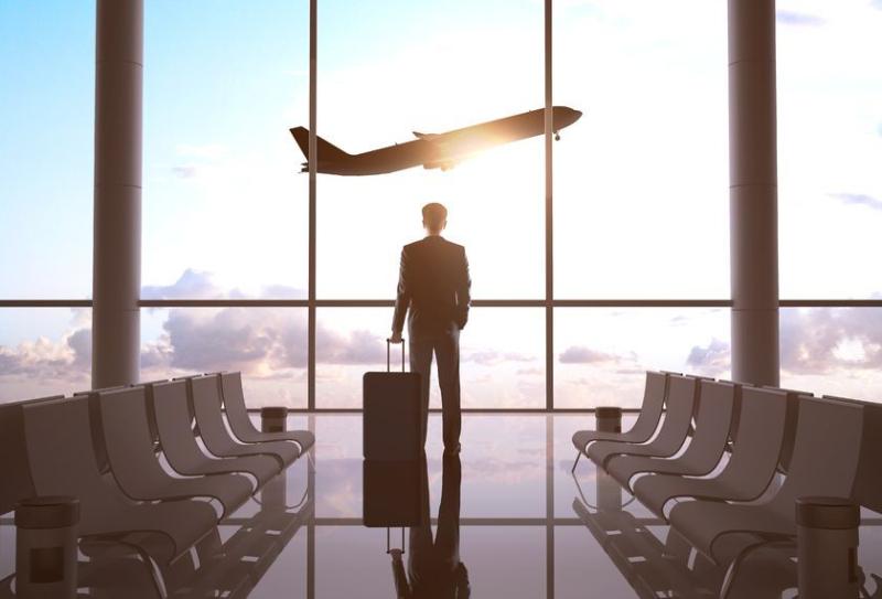 デルタ航空、中央座席の販売を再開、旅行需要回復とワクチン接種の状況から判断