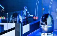中国アリババ、宿泊施設向けロボットを発売、ゲストと会話可能で食事提供や清掃業務も