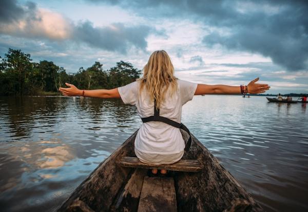 高級クルーズに一人旅でも参加しやすく、追加料金ゼロのプラン発表、メコン川とアマゾン川の探検クルーズで