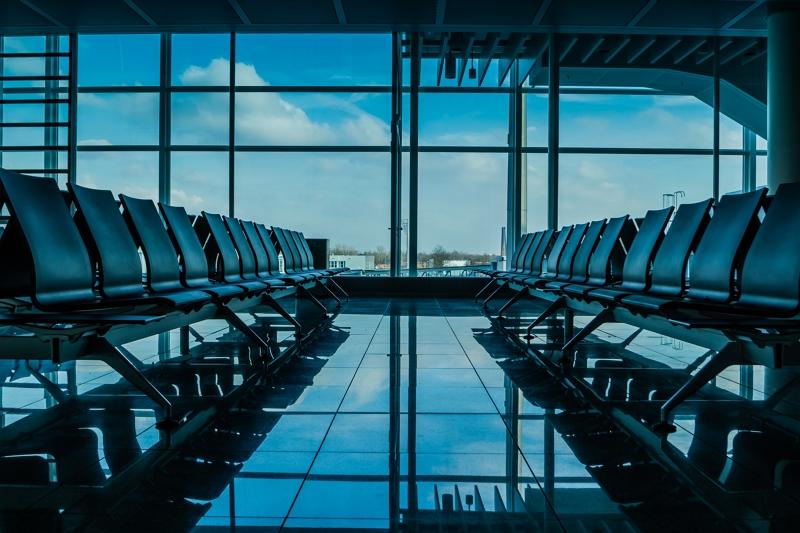 北米空港の満足度ランキング2018、メガ空港1位はラスベガス・マッカラン空港とオーランド空港に