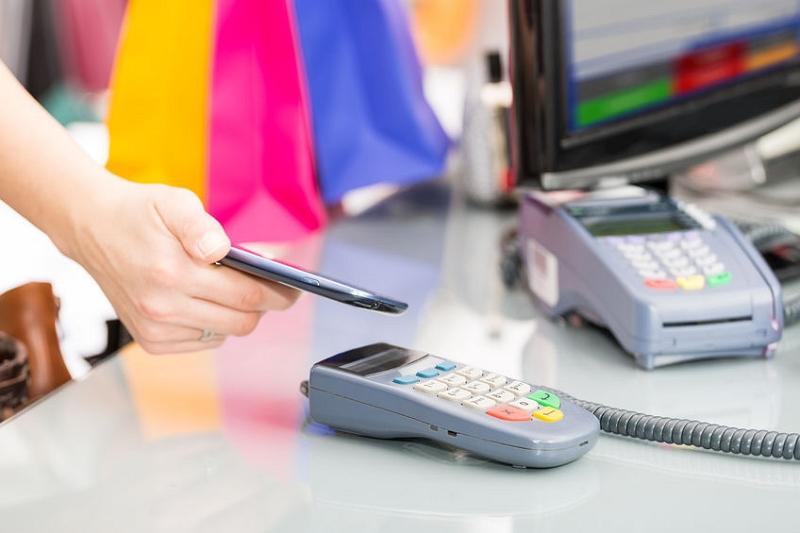 ANA Payが登場、ANAマイレージ会員向けにモバイル決済サービス、決済金額とチャージ額に応じてマイル積算