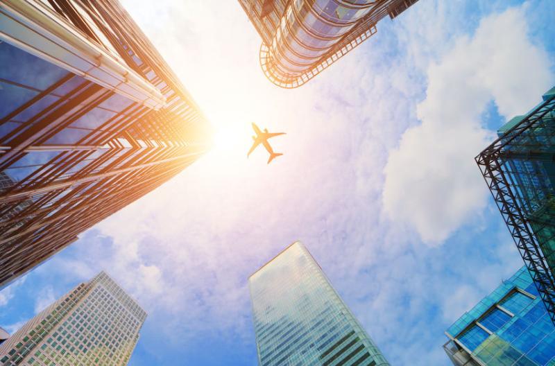運航数便数は前年比26%減、イタリアでは予約ゼロの便も、国際航空運送協会(IATA)は各国航空当局に発着枠の規制を一時停止要請